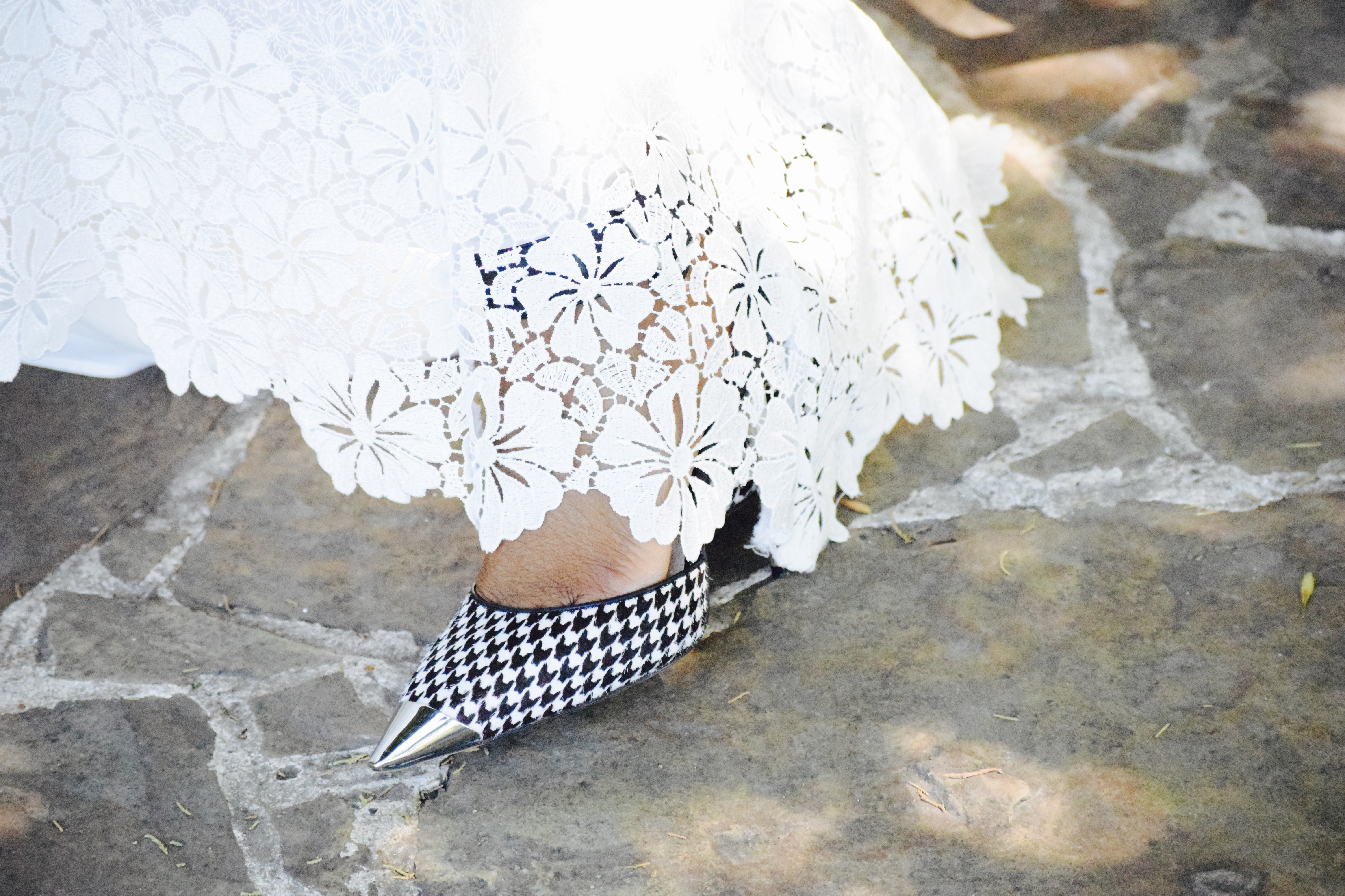 Alice + Olivia White long lace skirt after labor day