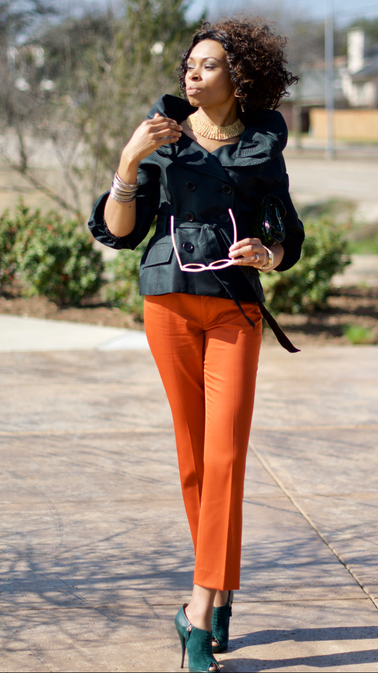 Blouson sleeve and collar jacket top + ankle trousers Posted by Vivellefashion