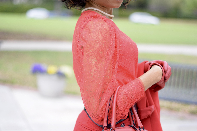 Cropped Pants + Waist Cinching Contour belt