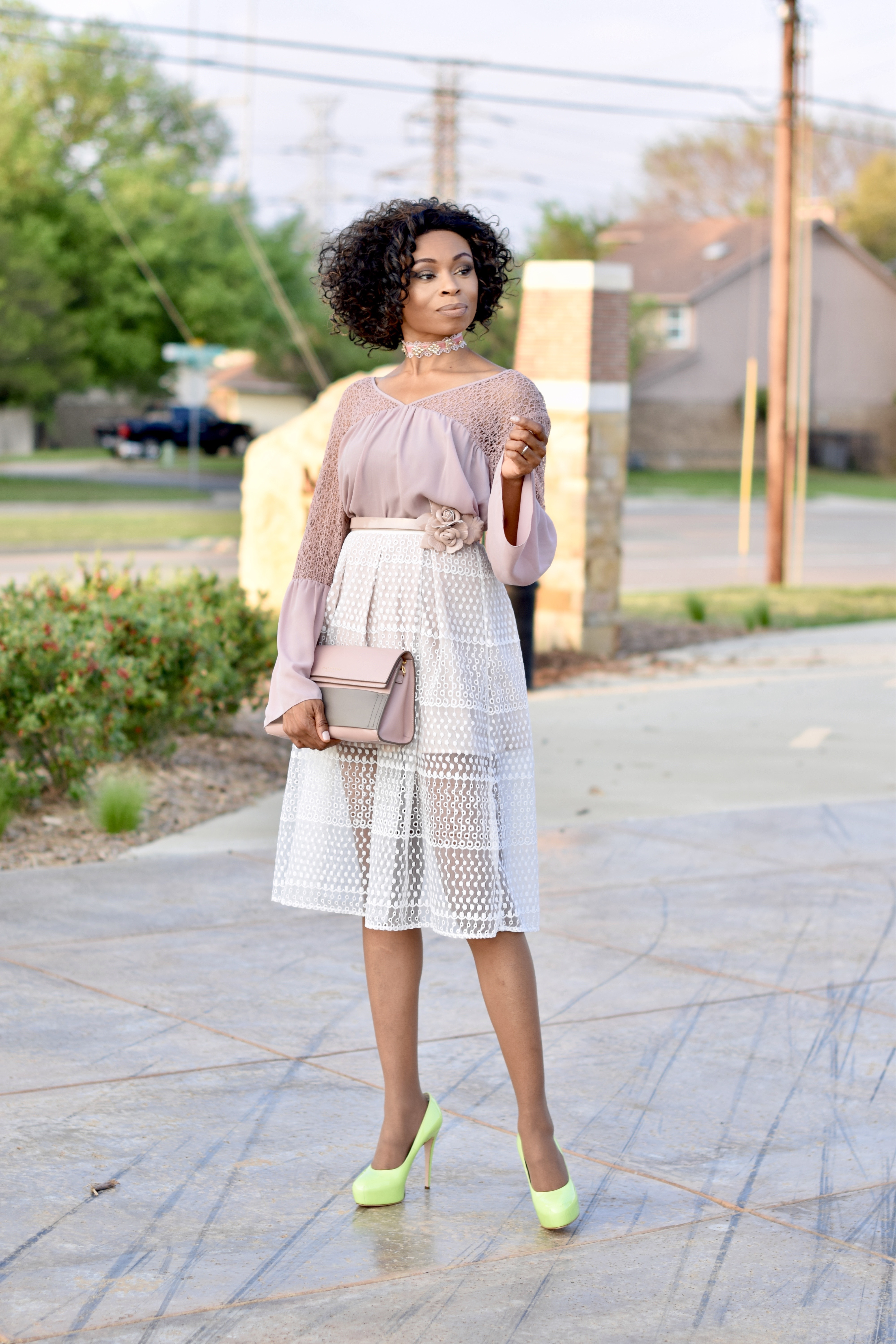How to style a midi skirt-Easter Inspo Posted by Vivellefashion