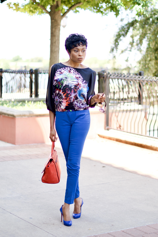 Split sleeve blouson top + slim ankle pants