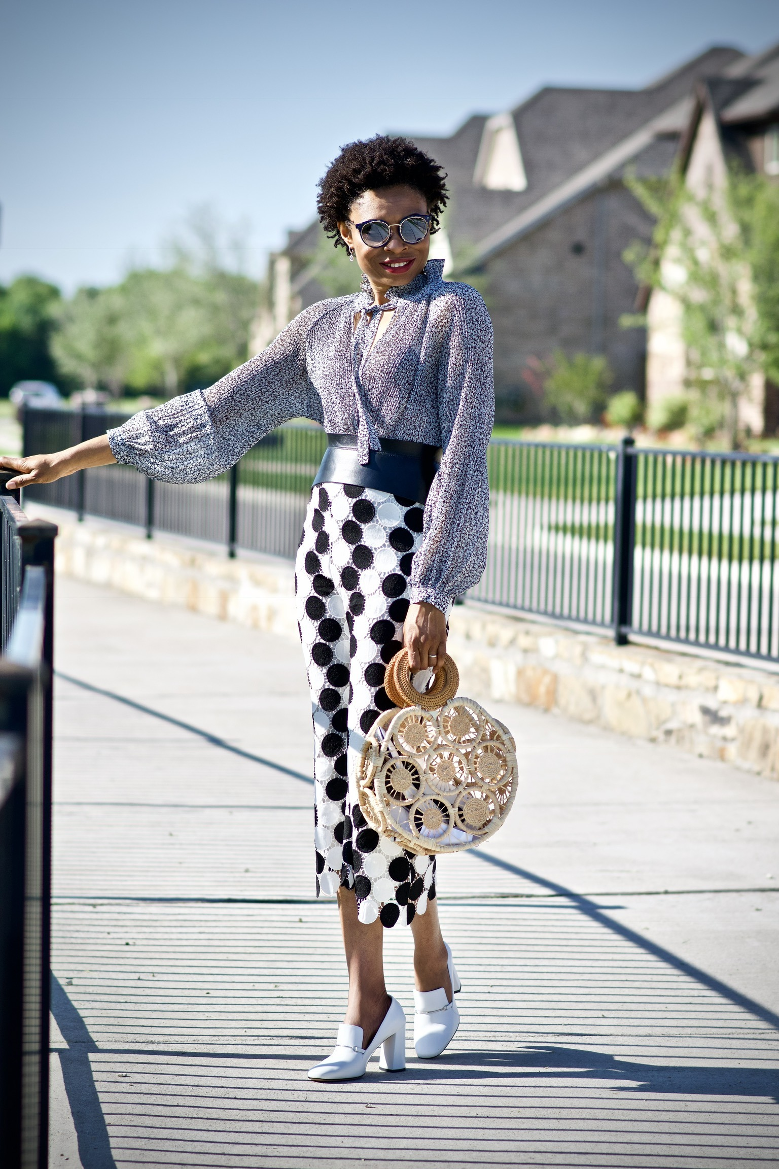 Great tips for styling high-heeled loafers