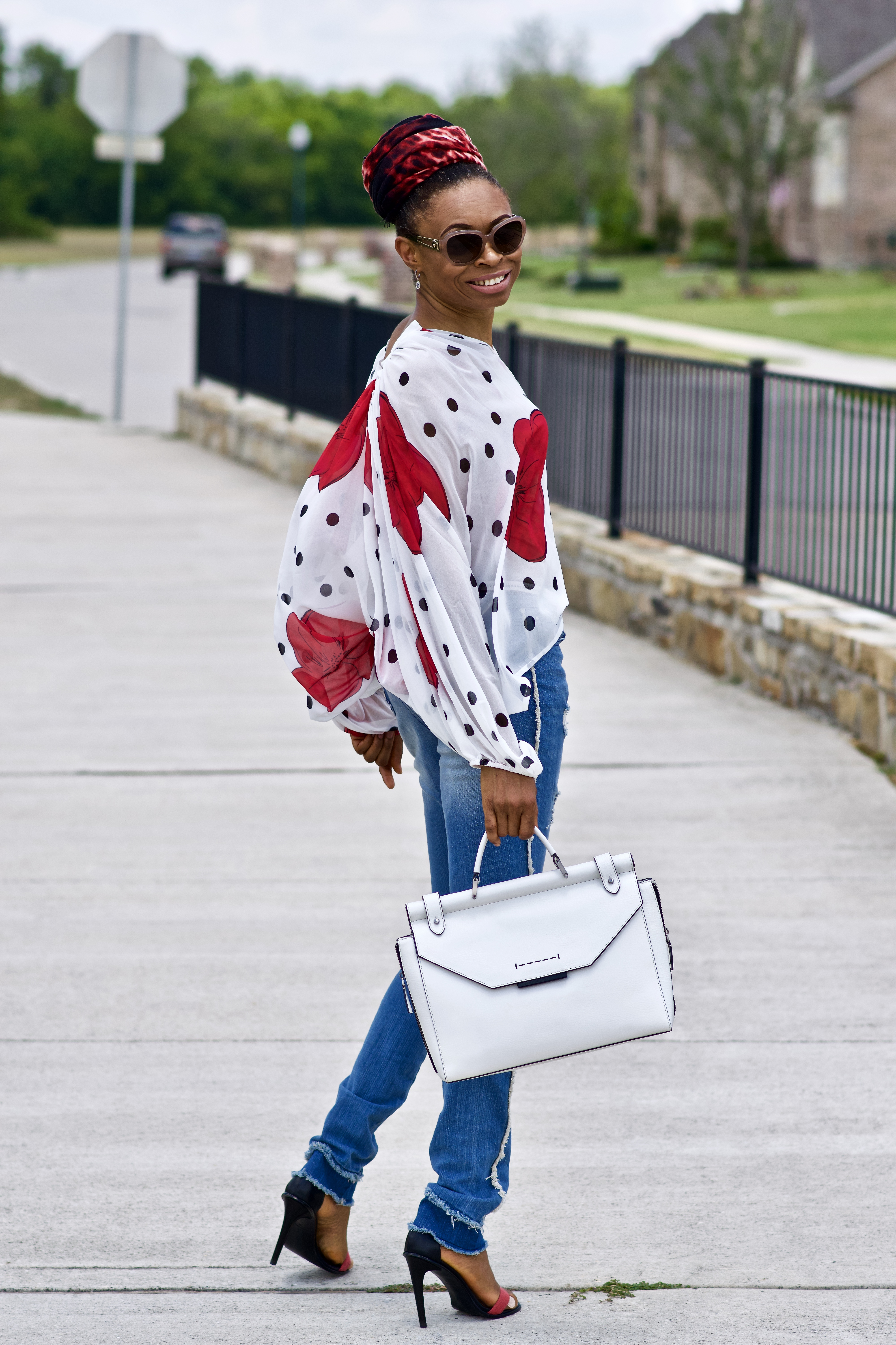 Petals and Polka dots blouson blouse + Side seam jeans
