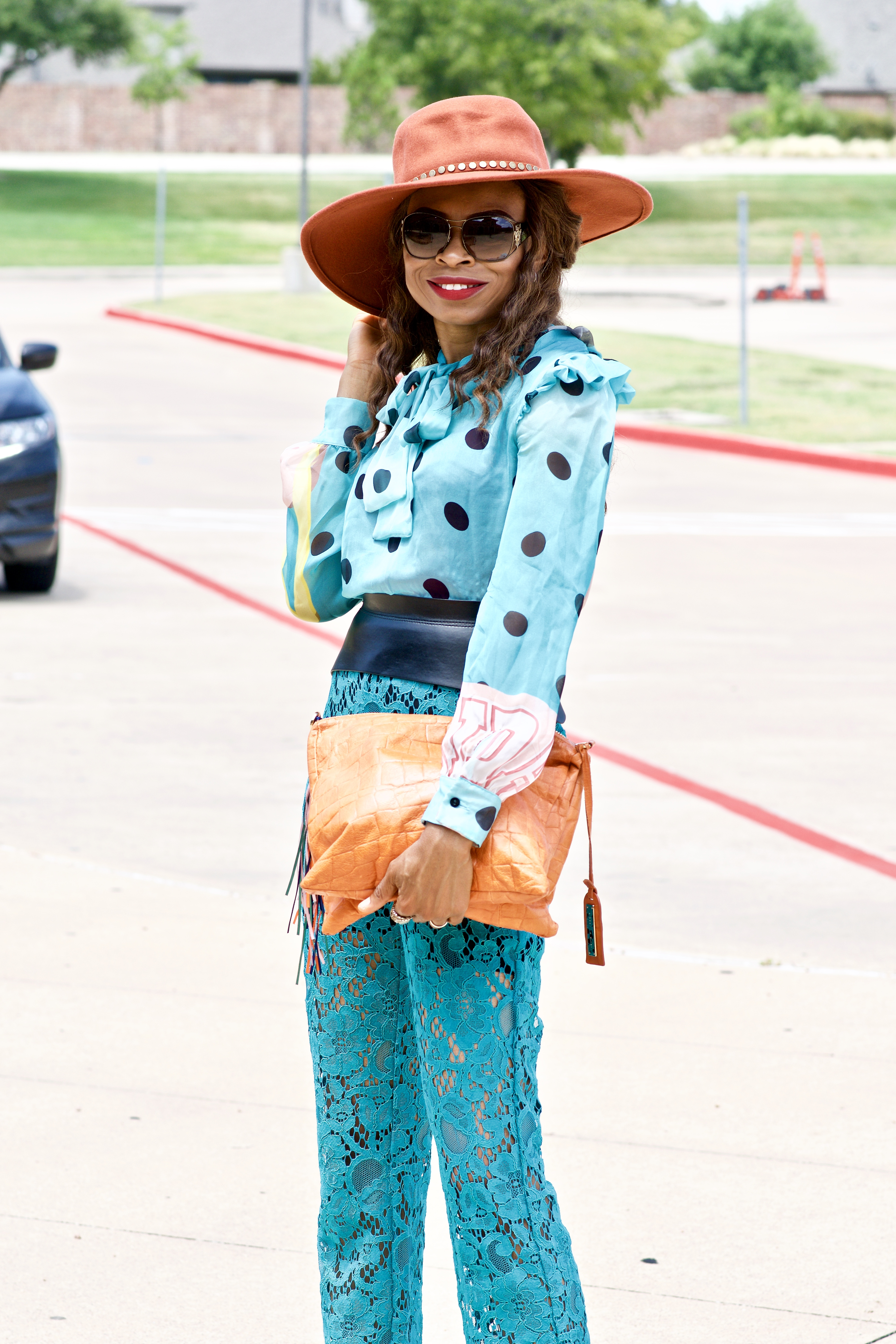 Styling Polka dots + Lace, timeless and classic