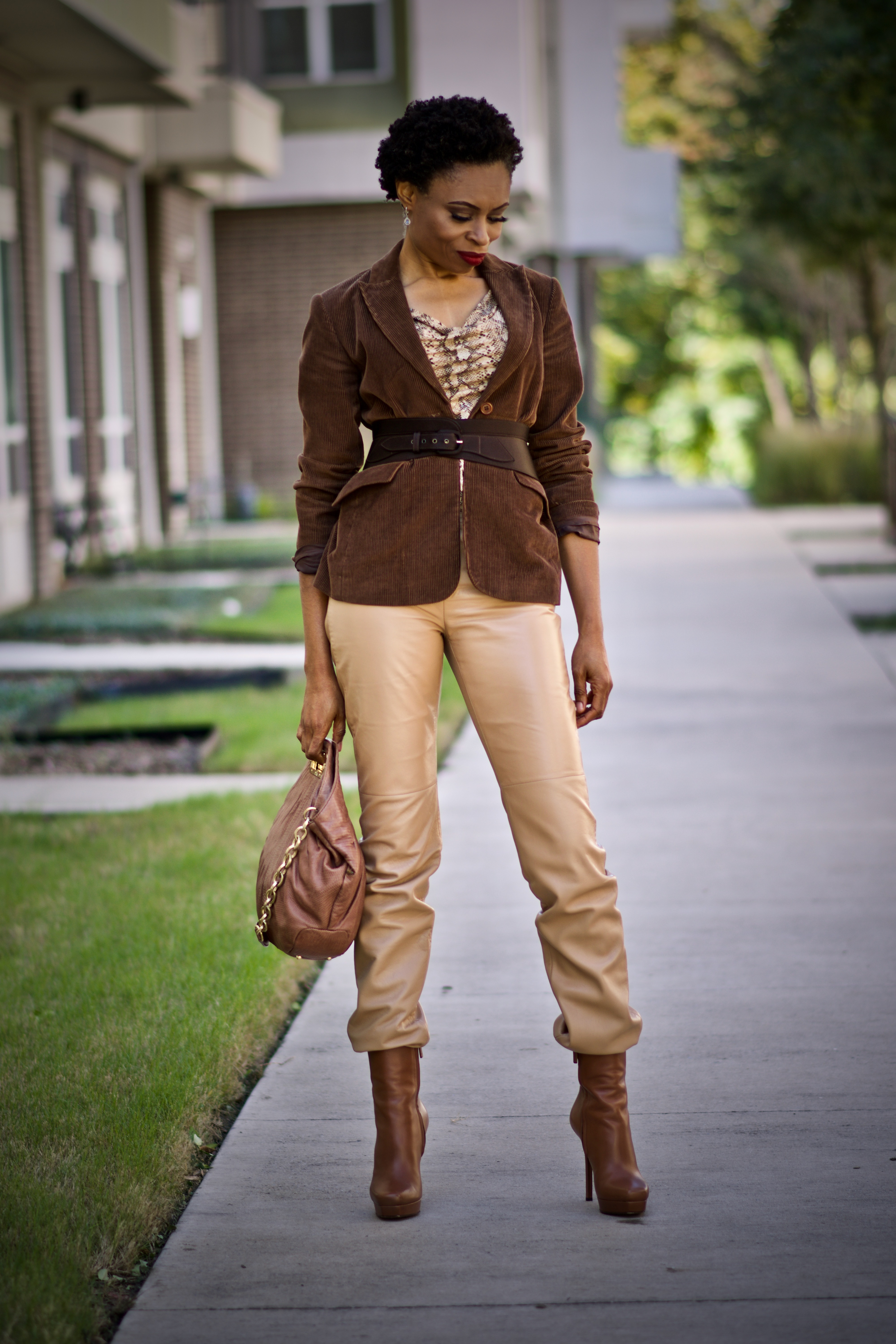 How to style corduroy and snakeskin print trends
