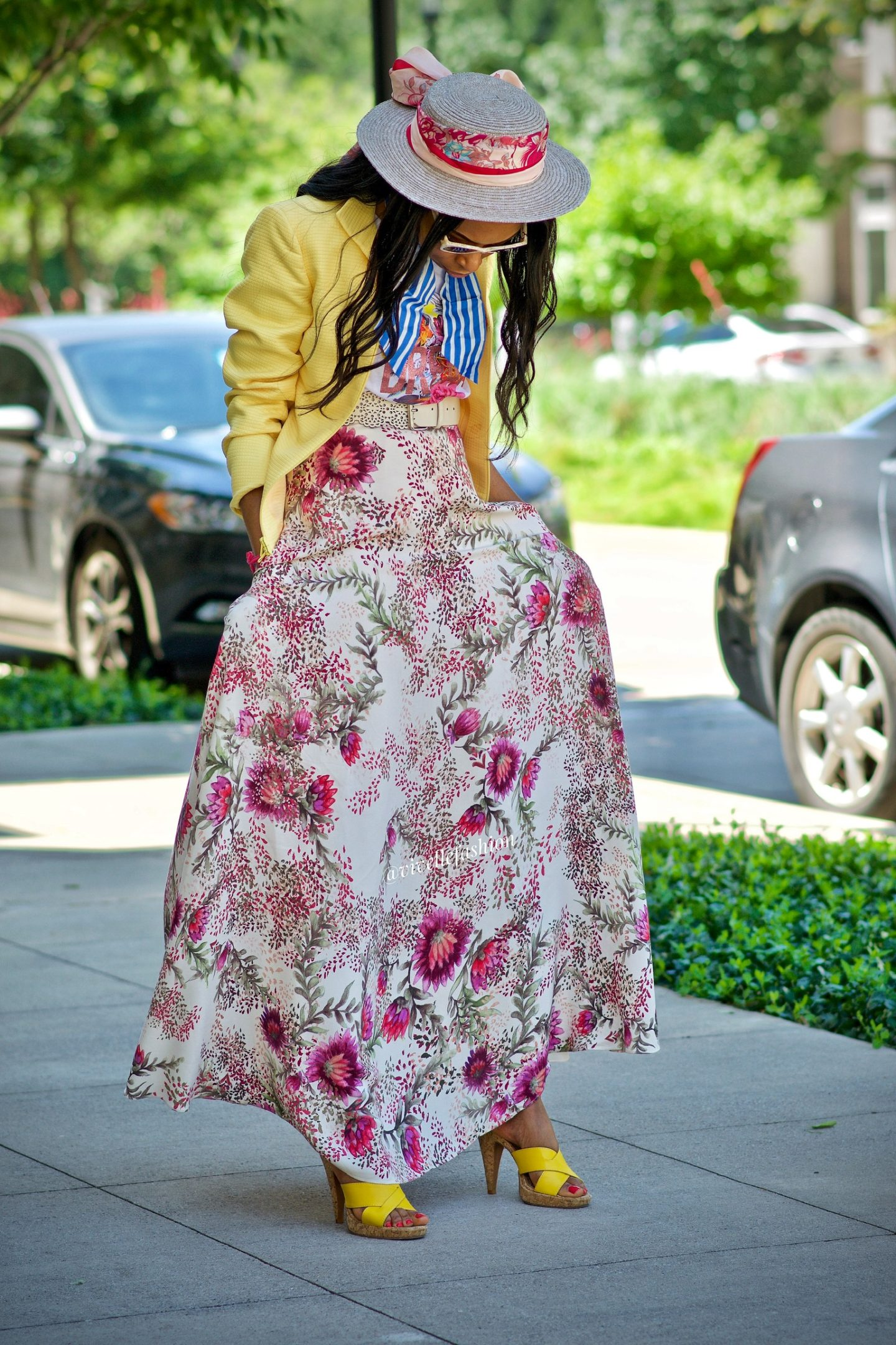 My simple and natural allergy remedy + Floral Maxi skirt and scarfs